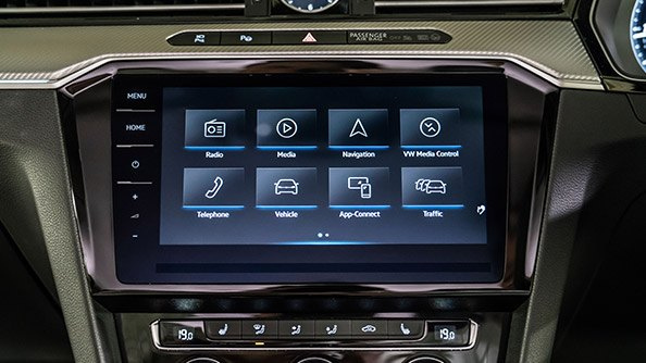 The apps from your phone in your car. Access your smartphone's screen, selected apps, maps, and music through App-Connect on your car's touchscreen.  You can do this thanks to three innovative technologies: Apple CarPlay®, Android Auto™ and MirrorLink® interfaces.