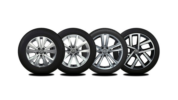 Roll in style To complete the iconic Golf look, there are a selection of stylish alloys available. Starting from 16 inch Toronto alloys on the Comfortline, 17 inch Dijon alloys on the Highline and the R-Line with 18 inch Sebring alloys.