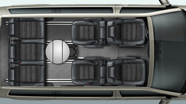 Arrange your space to meet your needs. Thanks to the innovative seat rail system, all seats in the passenger area plus the convenient multifunction table – if you have one – can be repositioned.