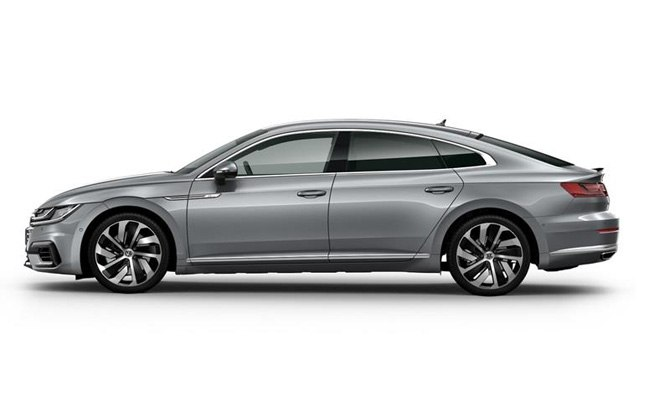 Arteon R-Line finished in Pyrit Silver Metallic