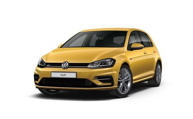 Golf R-Line finished in Turmeric Yellow Metallic