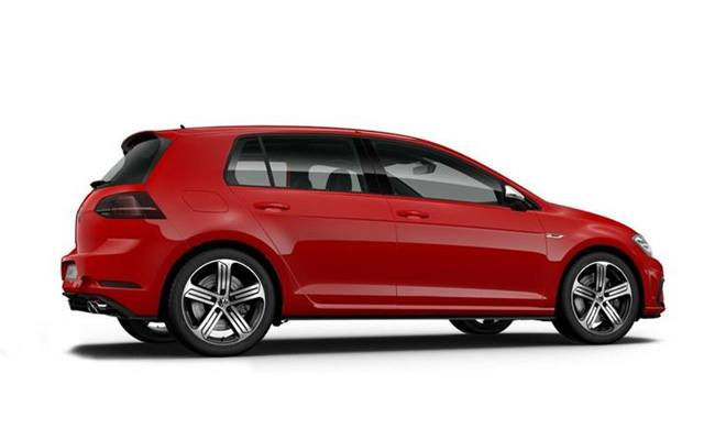 Golf R finished in Tornado Red