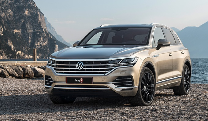 VW Touareg V8 R-Line on the waterfront