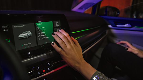 """Tailored entirely to youThe Golf will be the envy of all your friends with the all-new digital cockpit. The Active Info Display 'Pro' (10.25"""" configurable driver display) is standard across the entire Golf range and brings an expanded range of innovative technology and state-of-the-art connectivity."""